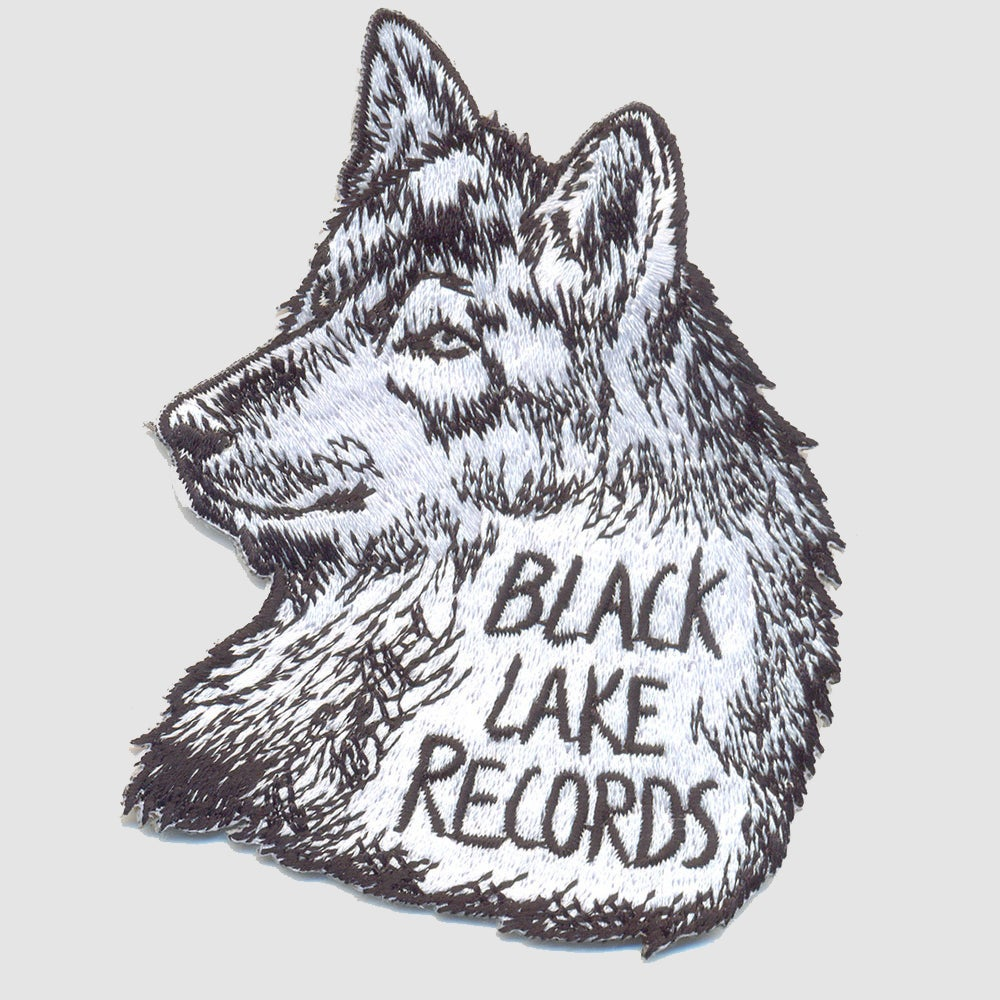 Image of EMBROIDERED WOLF PATCH