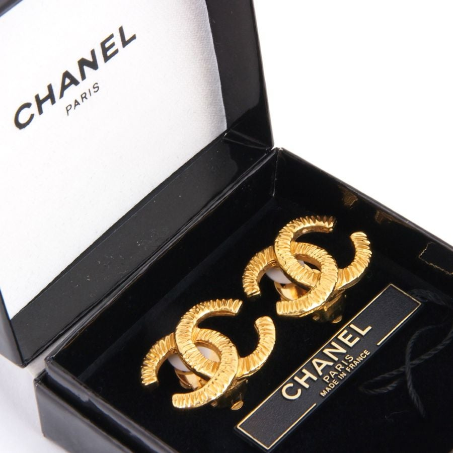 Image of SOLD OUT CHANEL Vintage 93P Classic CC Logo Goldtone Earrings