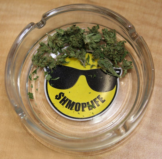 Image of SHMOPLIFE ASHTRAY