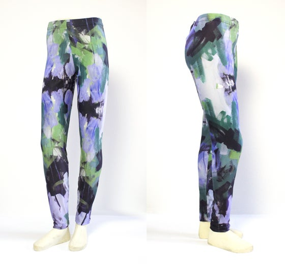 Image of Wellspring Leggings in purple and green