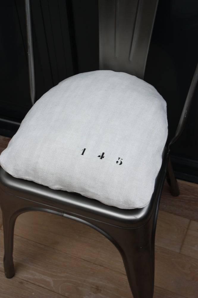 Image of Coussin chaise Tolix.