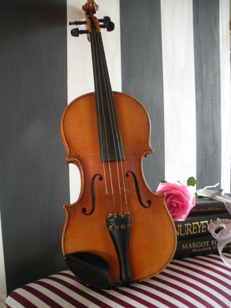 Image of Vintage Violin