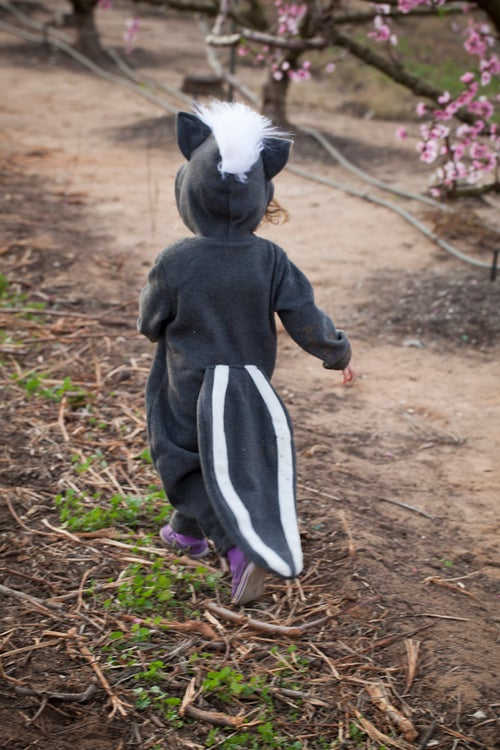Image of Skunk Costume  תחפושת בואש