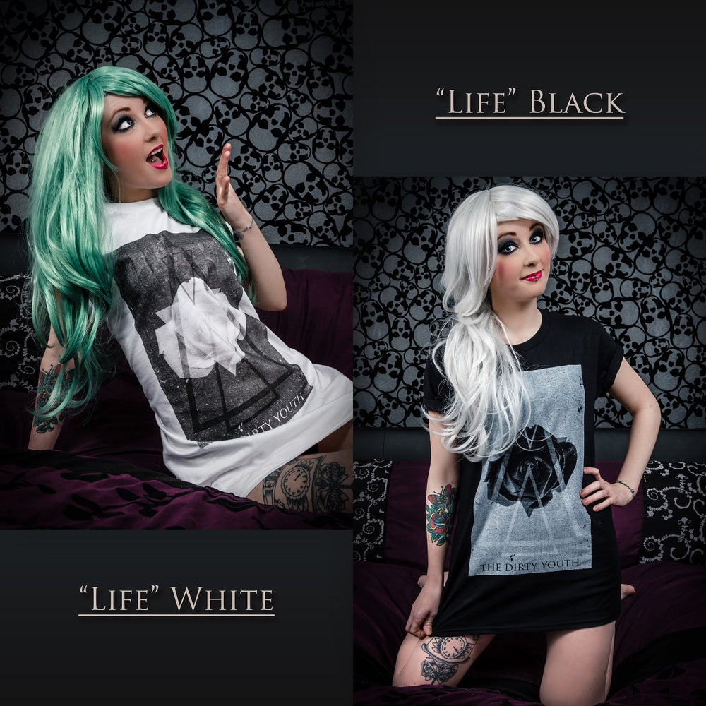"Image of ""Life"" T-Shirt"
