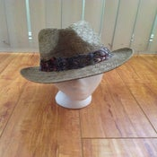 Image of mixed fedora with mixed feather trim