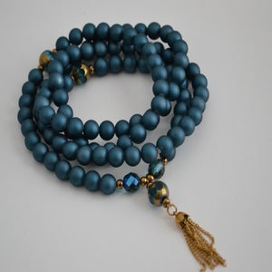 "Image of URBAN MALA ""ROYALS"" COLLECTION: Royal"