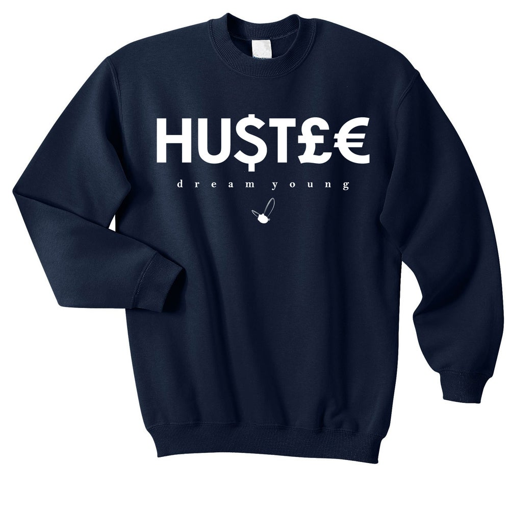 "Image of ""HU$T£€"" NAVY BLUE/CREW NECK"