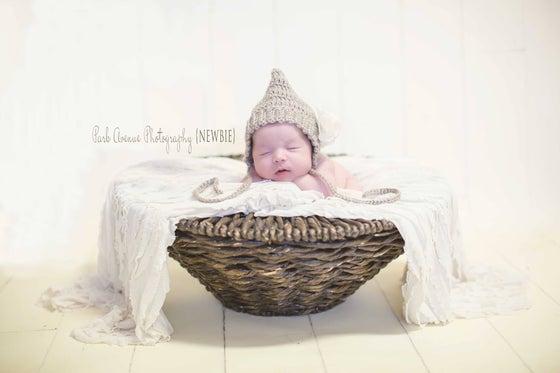 Image of Newborn Simple Pixie Bonnet & Pants Set,
