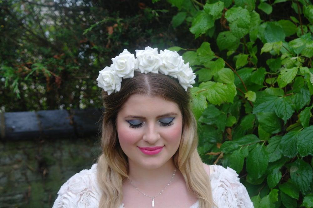 Image of Wild Rose Crown White