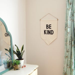 "Image of ""Be Kind"" Banner"