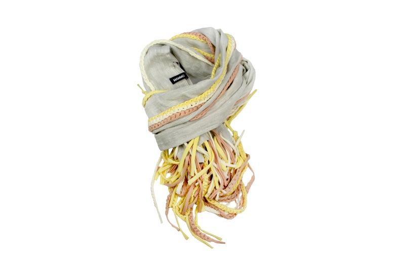 Image of MAMMU PREMIUM Gray and Yellow