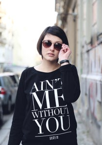 Image of Ain't Me Without You Sweater in Schwarz - Organic & Fair-Trade Damen Sweater