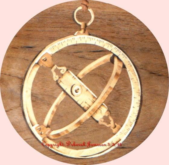 Image of Item No. 326. Nautical Instrument Using Wood Veneer.
