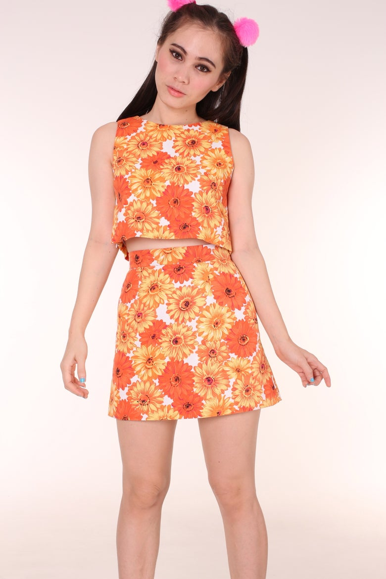 Image of Ready To Post - Kendra Orange Floral Set