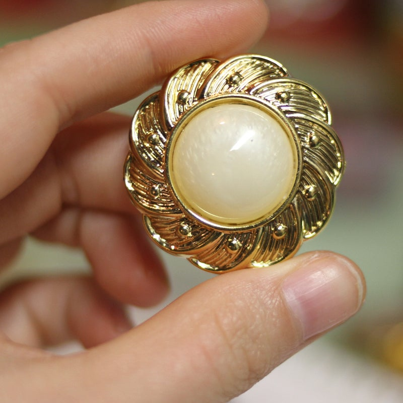 Image of Flower Gold Pearl Plugs (sizes 9/16-1 1/4)