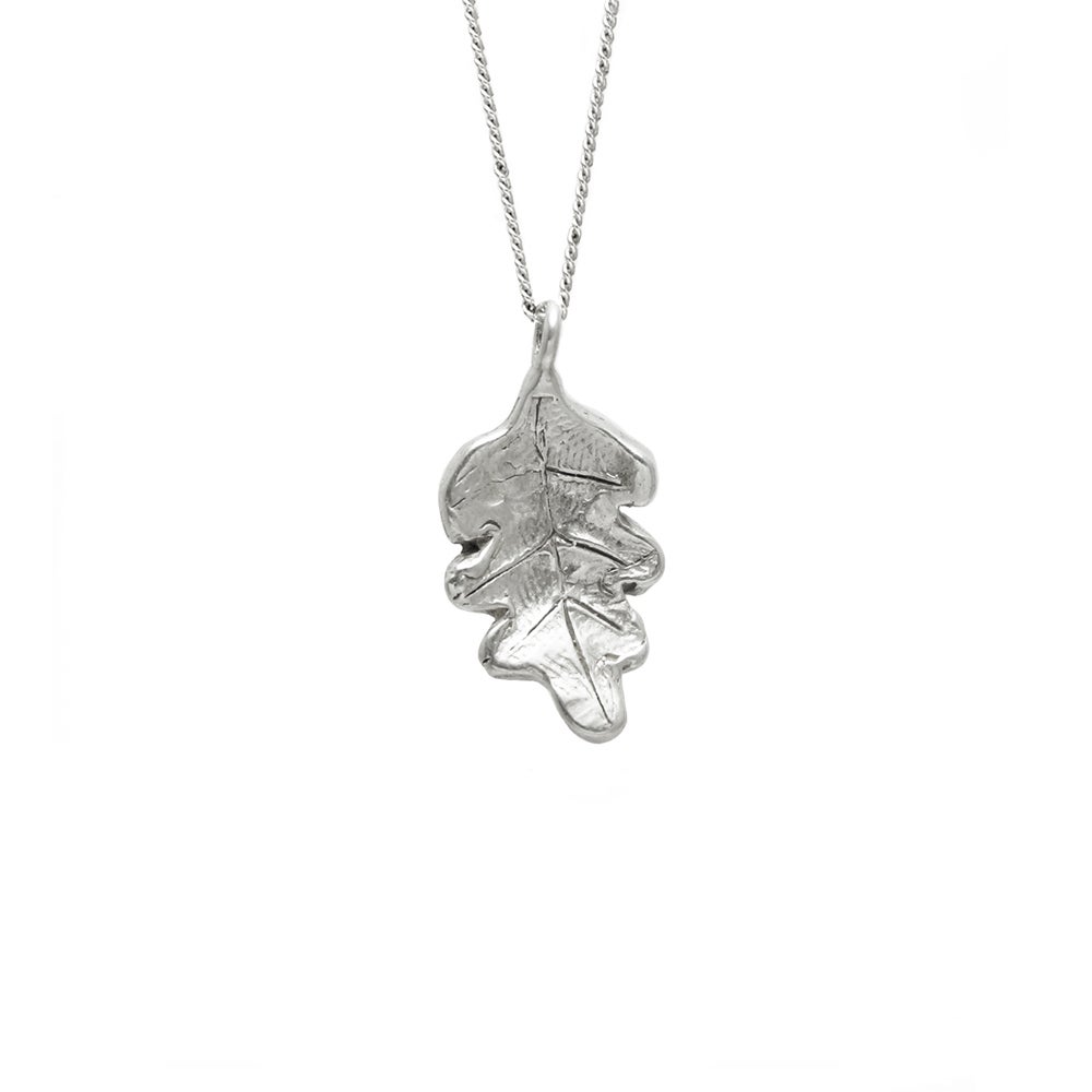 Image of Oak Leaf Necklace 3D Small