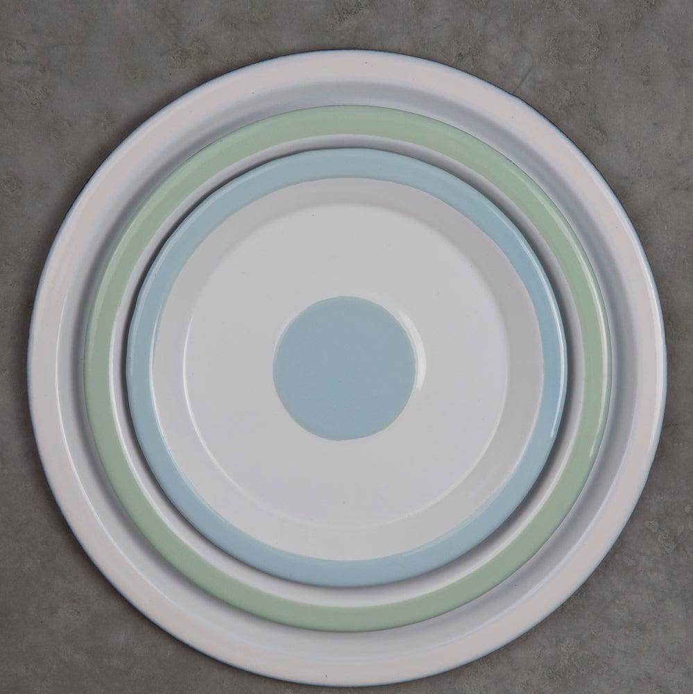 Image of Enamel Plate 18cm - LIGHT BLUE