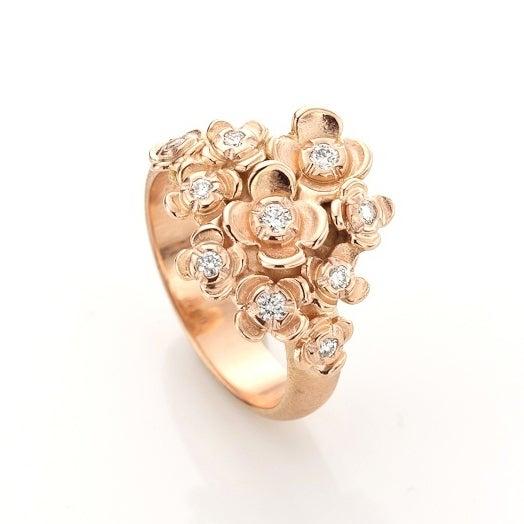 Beeld van Jasmijn tros ring