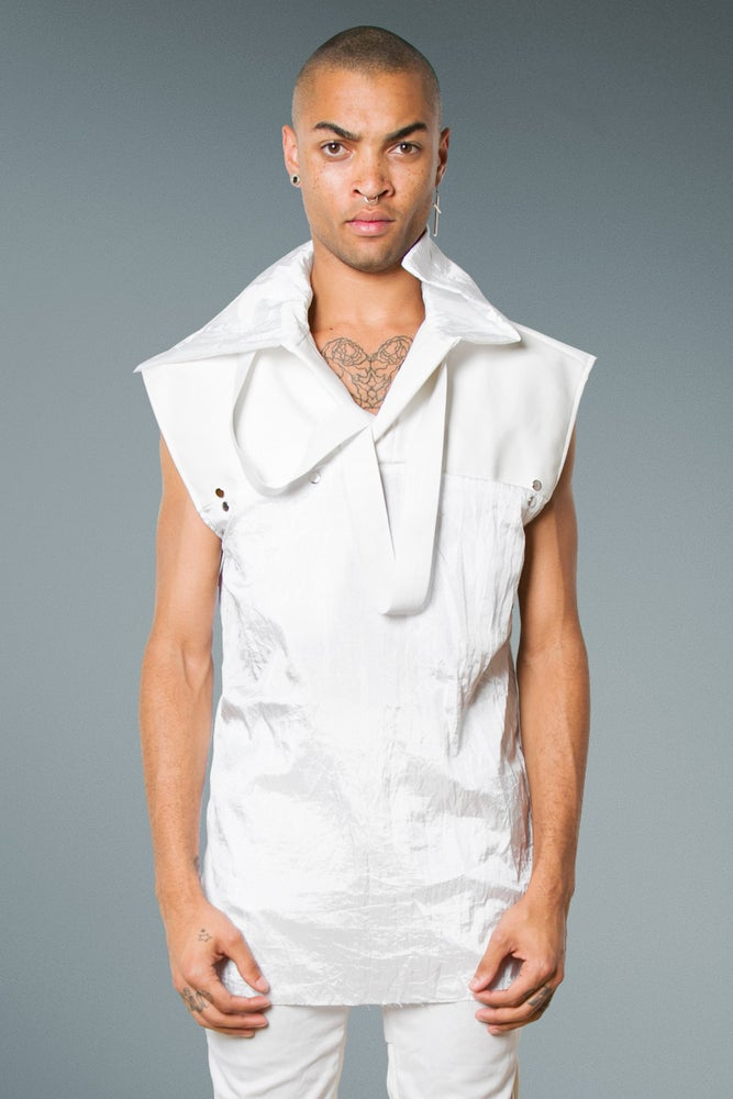 Image of Sweater in White Imitation Leather & Parachute.