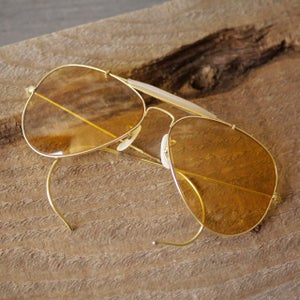 Image of vintage 70's Ray Ban Ambermatics