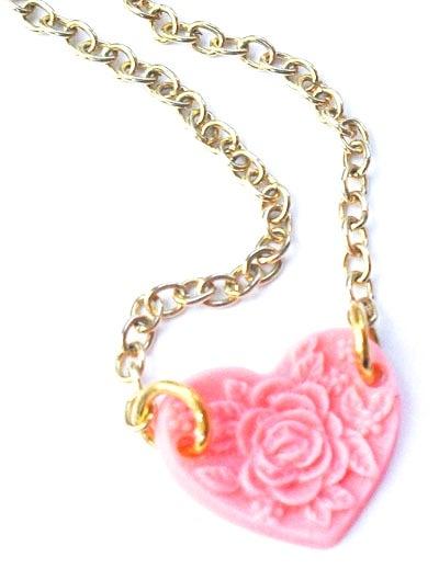 Image of Vintage Floral Heart Necklace