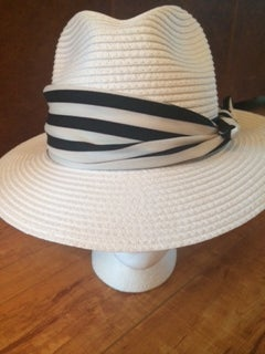Image of white straw fedora with removeable striped band