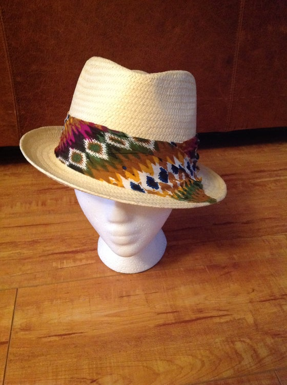Image of cream straw fedora with tye dye band