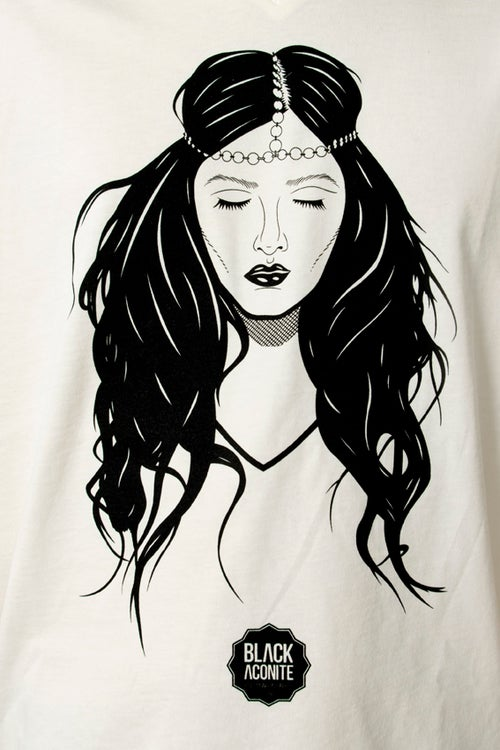 Image of Sleeping Beauty - Tee-shirt col V homme