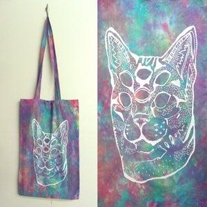 Image of Pastel trans-dimensional acid cat tie dye tote bags
