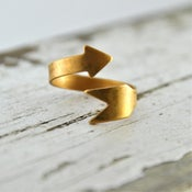 Image of Cahita - Vintage Brass Arrow Wrap Ring