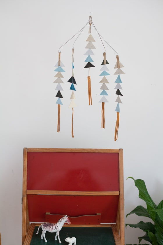 Image of The Leather Triangle Mobile in Duke **NEW COLORS!