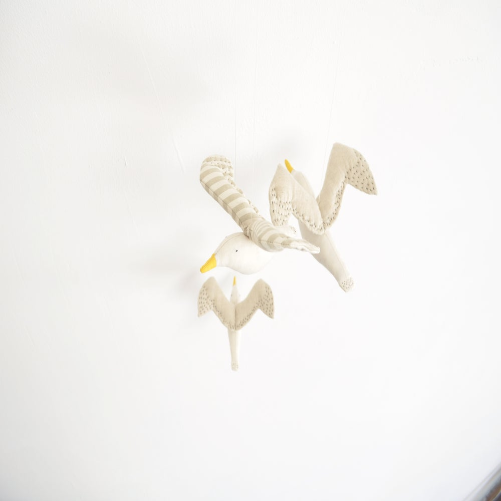 Image of kamomé mobile (two or three seagulls) new!