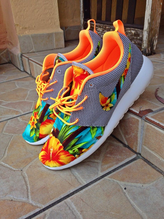 "Image of Roshe Run ""Atomic Tropics"""