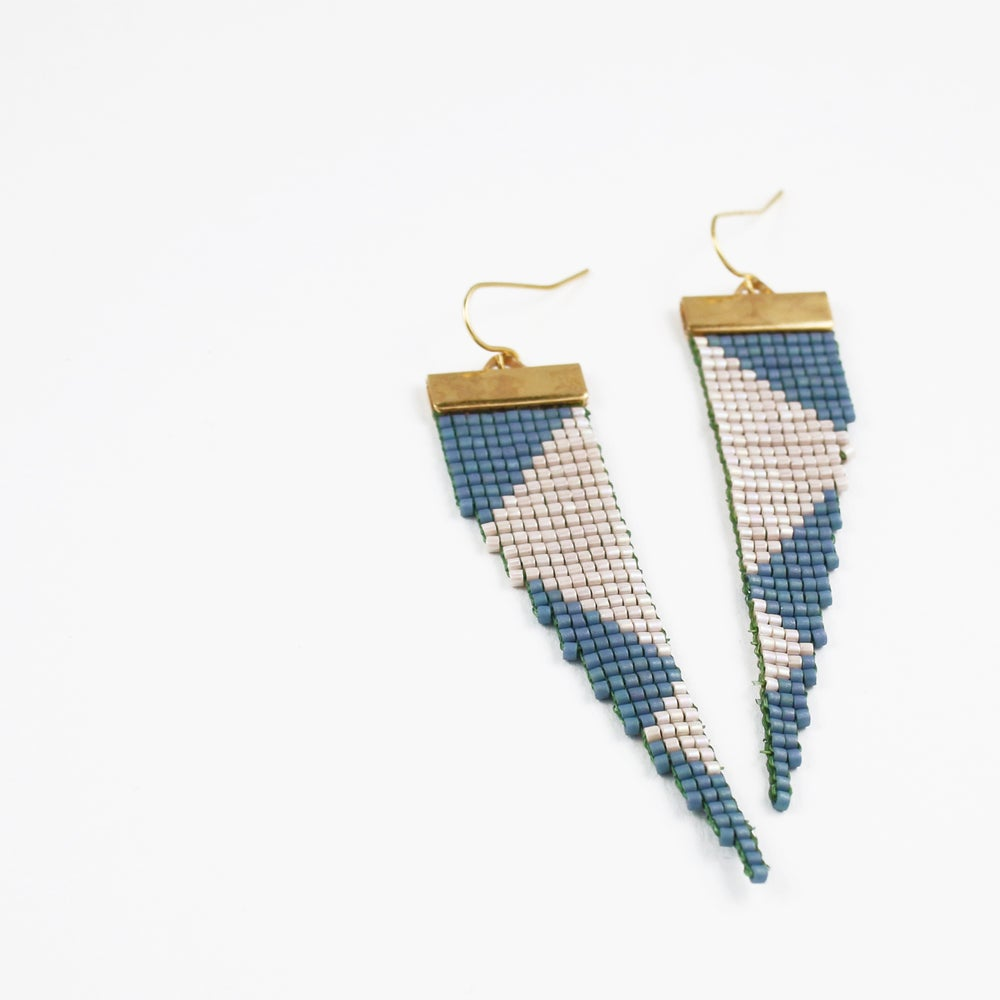 Image of Starship // Loom-Beaded Earrings