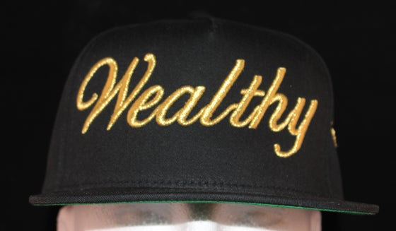 Image of Wealthy Hat Black / Gold