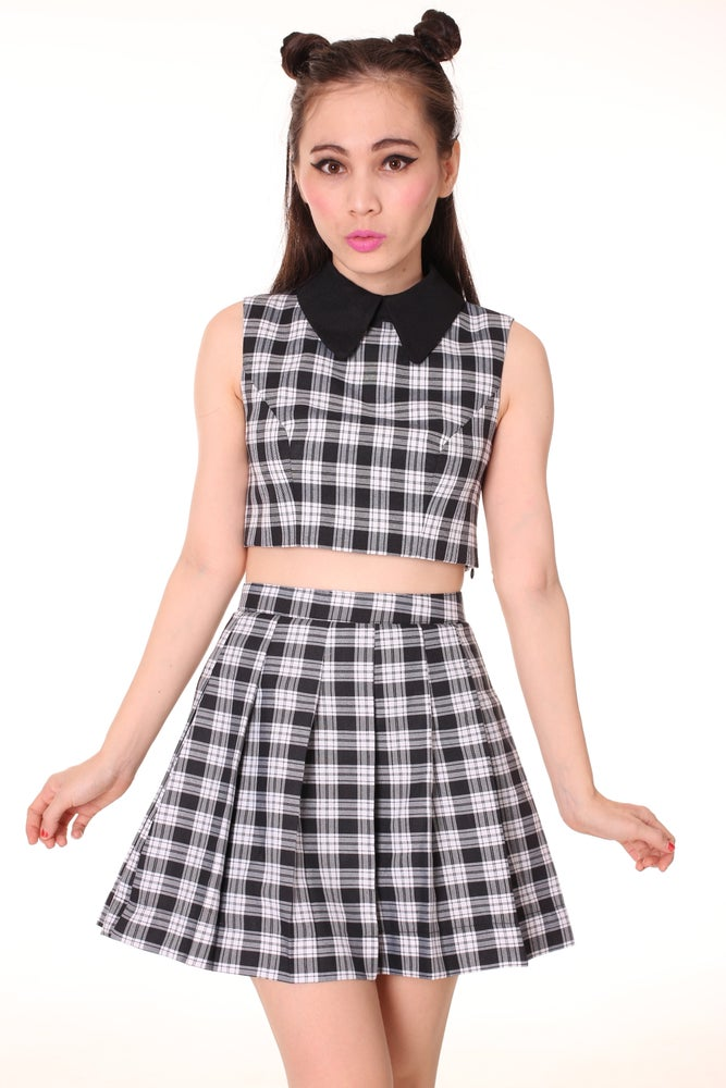 Image of As If Sleeveless Set in Black Checkered