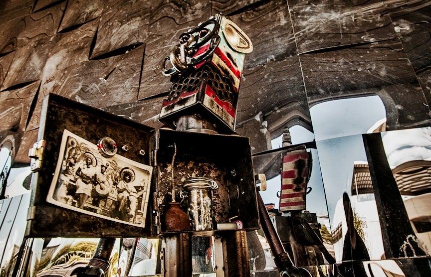 Image of Desert Mistchief:Robot Safe