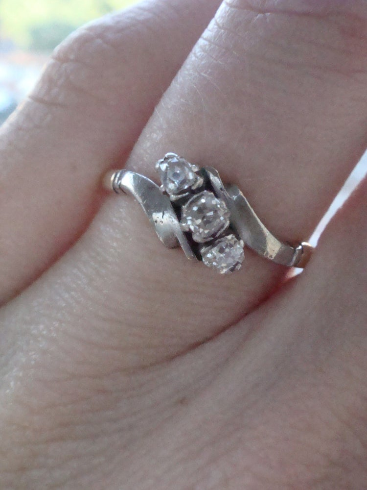 Image of EDWARDIAN 18CT PLATINUM DIAMOND 3 STONE RING