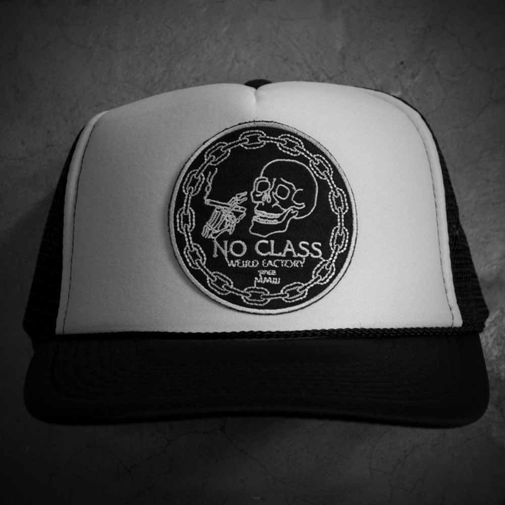 Image of NO CLASS TRUCKER HAT - BLACK/WHITE