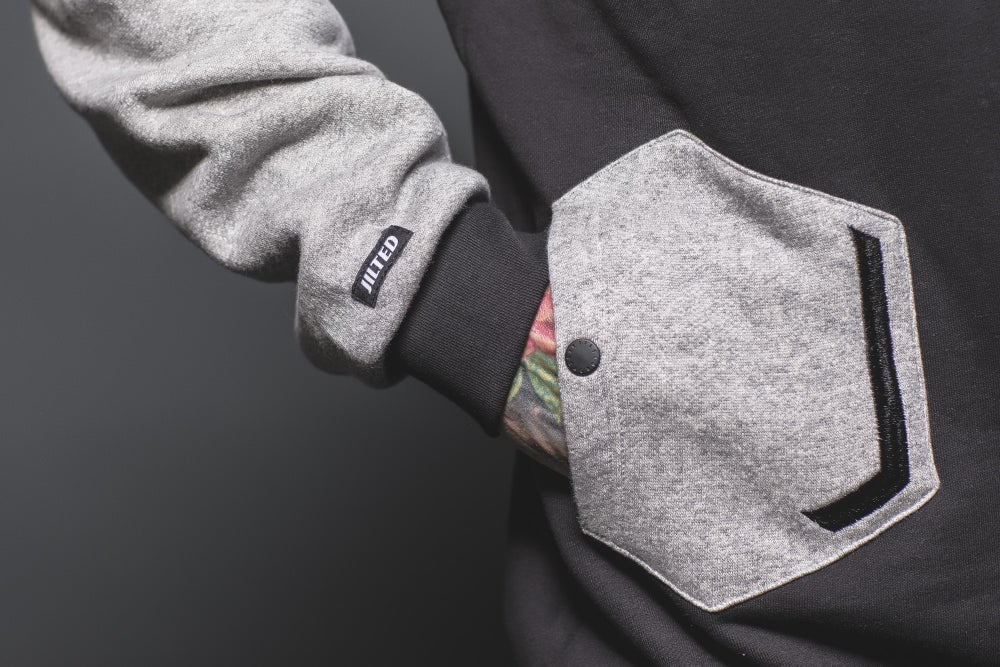 Image of GEO GREY CREWNECK