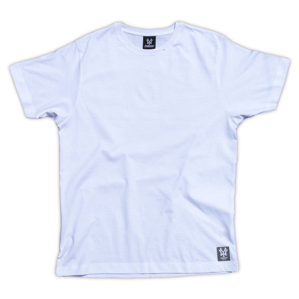 Image of 'Skull' T-Shirt - White