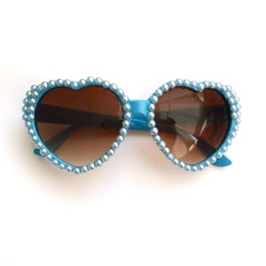 Image of 'Belle' Pearl Heart Sunglasses BACK SOON
