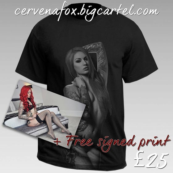 Image of NEW CERVENA FOX TEE