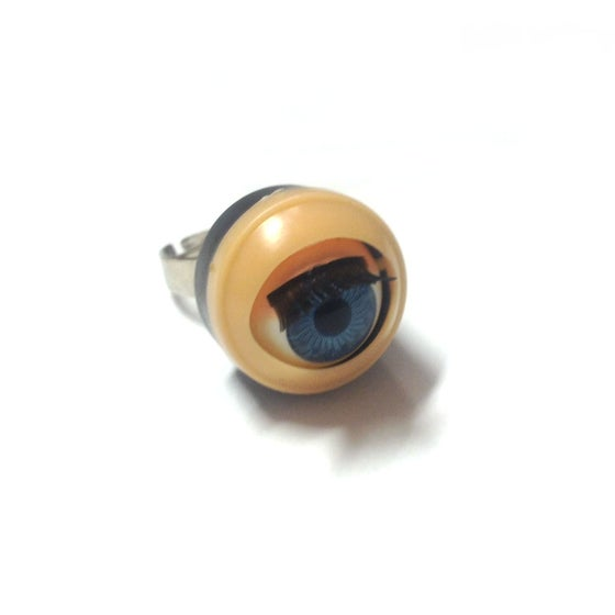 Image of Blinking Eye Ring