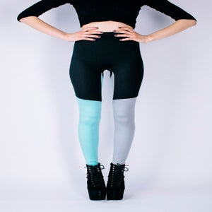 Image of 3 COLOUR WAY LEGGINGS IN BLACK, GREY & MINT