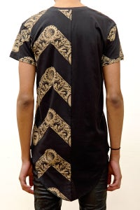 Image of Long Fit T-Shirt with 'Zig Zag' Print