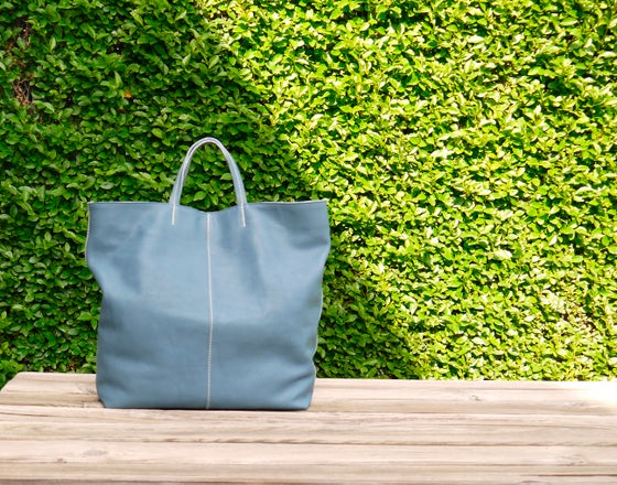 Image of BLUE LEATHER XL TOTE BAG