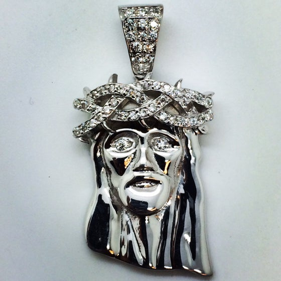 "Image of Micro 925 Silver & Diamond Jesus Piece ""Corona De Espinas"" Semi-set"