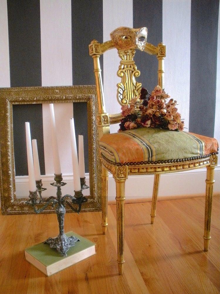 Image of Salon Chair