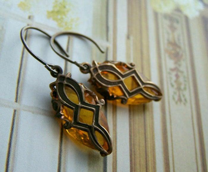 Image of Victorian Key Hole Earrings